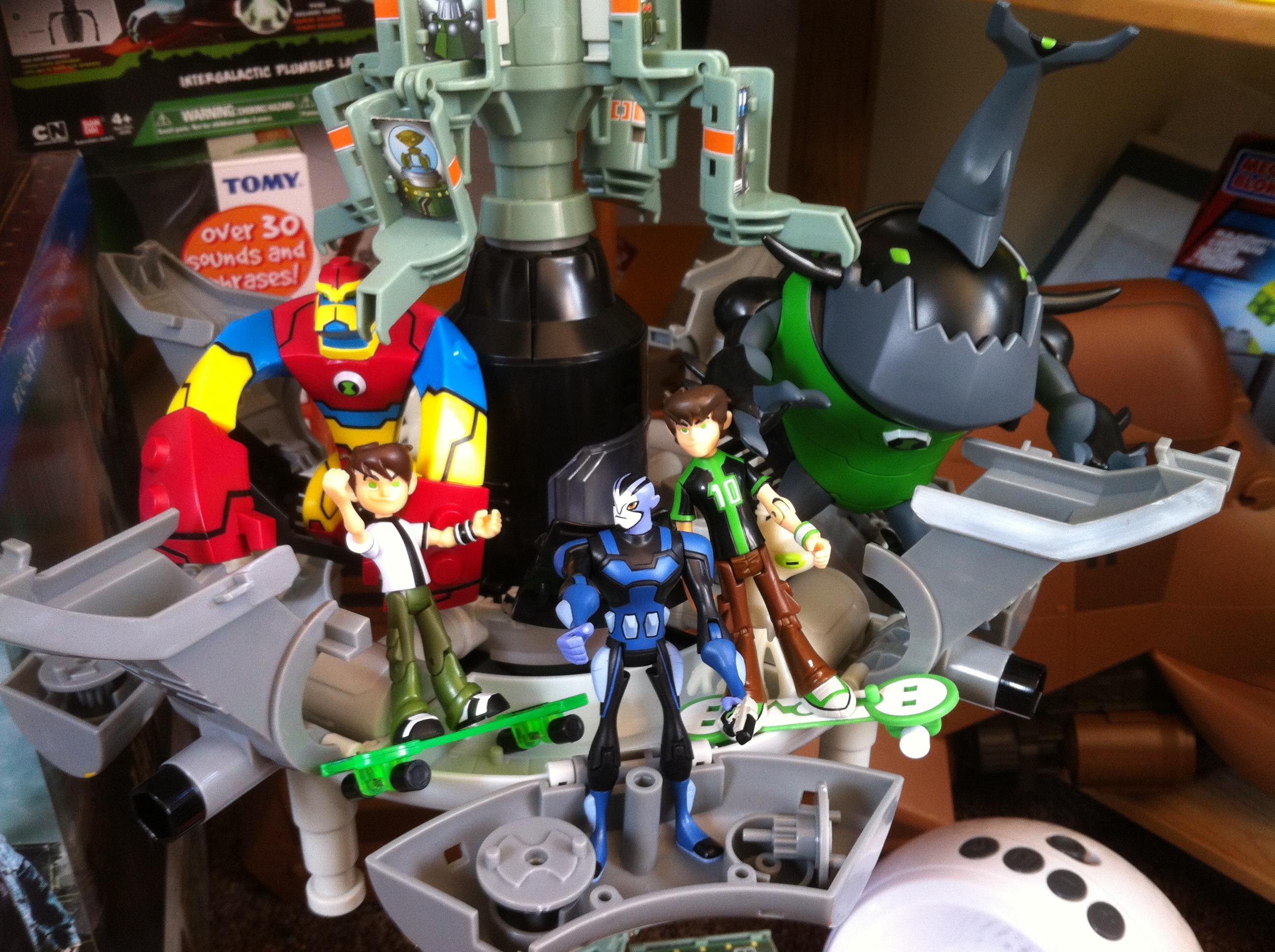 Ben 10 Omniverse Toys