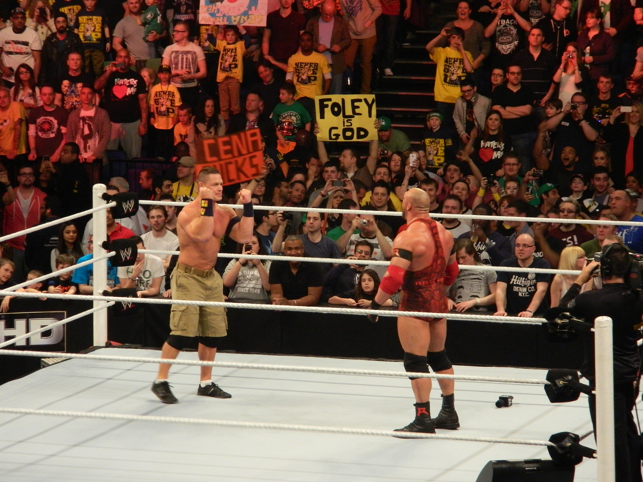 WWE – Live in the UK April 2013