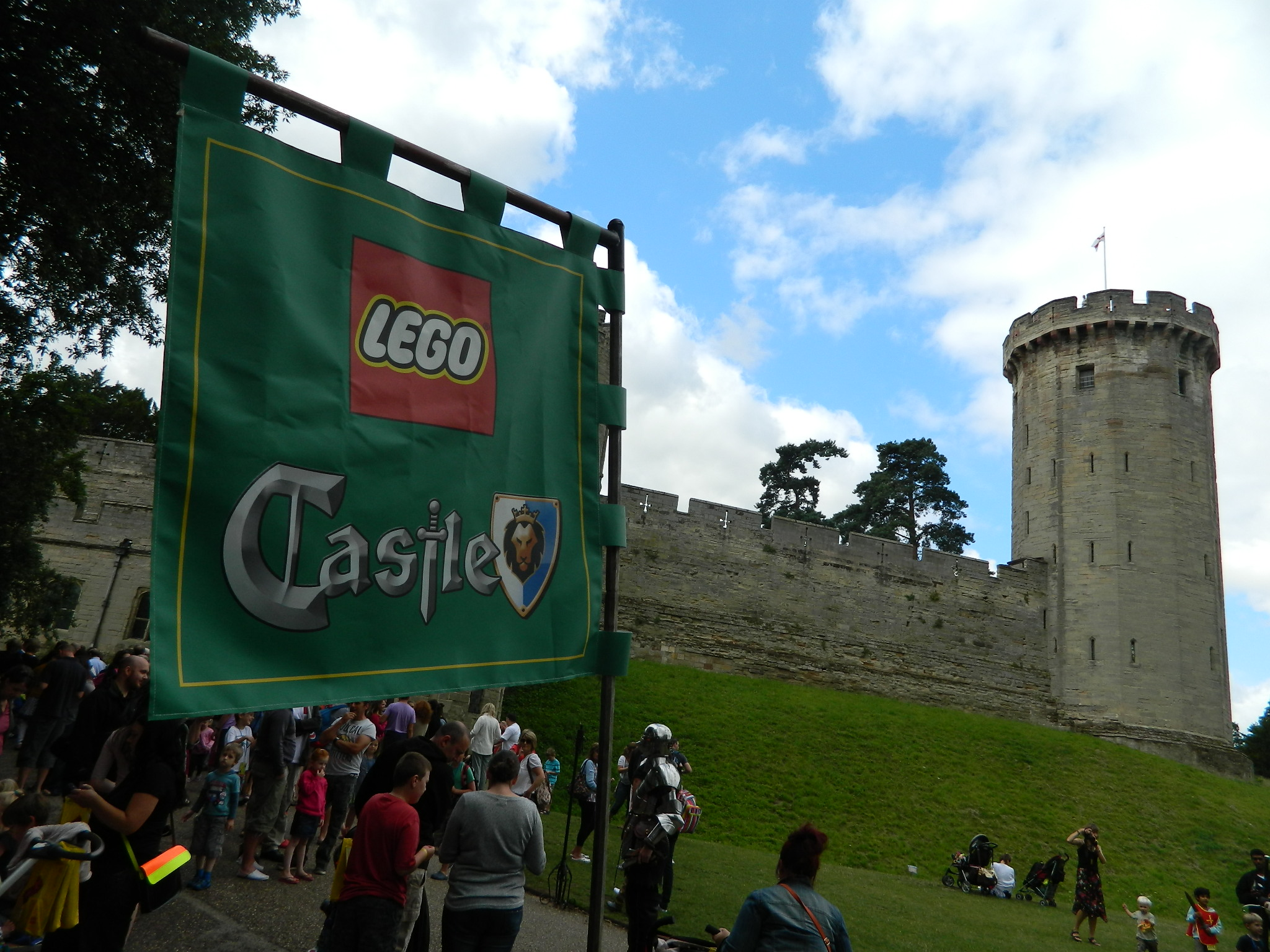 Elephant In Room That Needs To Be >> LEGO: CASTLE – King's Castle