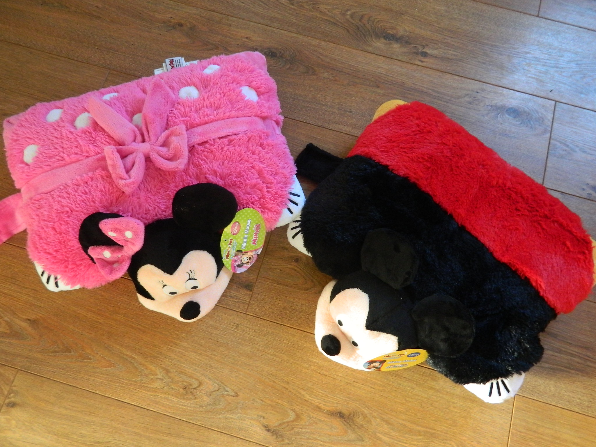 Pillow Pets Disney Mickey Mouse Club House Mickey And