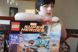 LEGO Avengers Age of Ultron - Avenger tower (1)