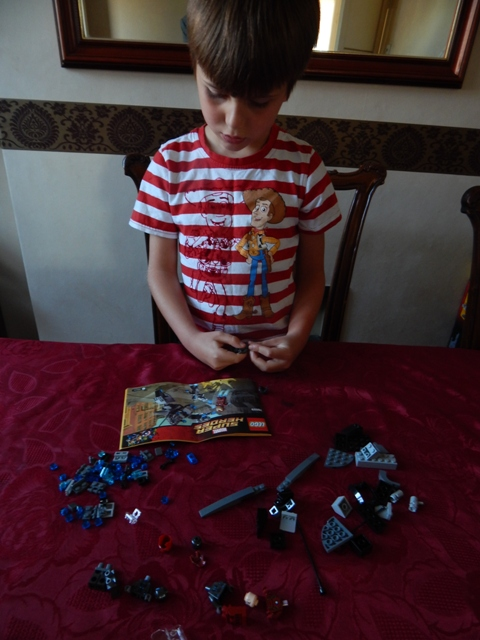 Top Toys Boys Age 6 : Lego marvel super heroes avengers age of ultron iron