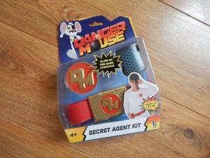 danger mouse secret agent kit. Black Bedroom Furniture Sets. Home Design Ideas