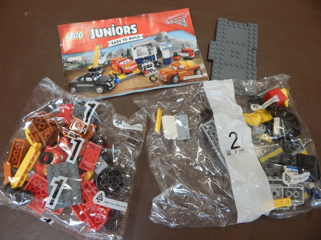 LEGO Juniors Cars 3 – Smokey's Garage