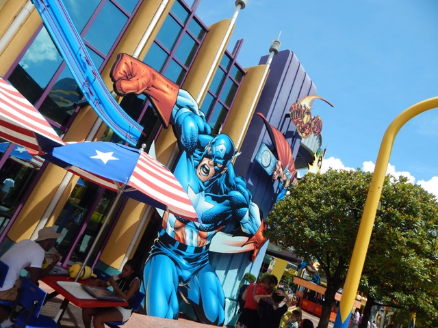 Universal Marvel Super hero Island 4